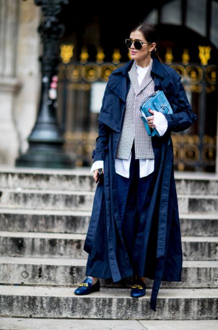 street-style-fashion-week-paris-look-azul-oceano