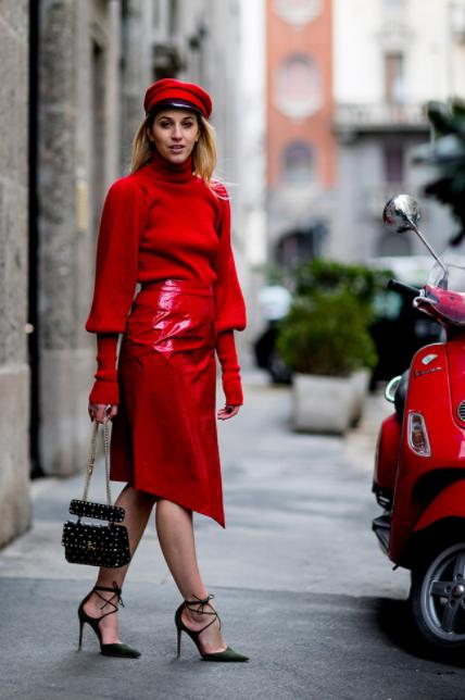 tendencias-da-moda-no-outono/inverno-2018-look-monocromatico-vermelho