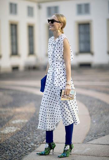 vestido de poá com calça