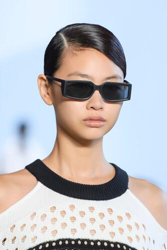 oculos-retangulasr-feminino-preto