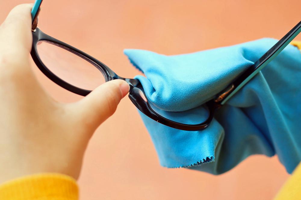 produto para limpar lente de óculos de grau